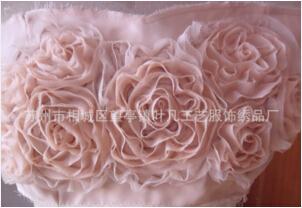 【雪纺盘花】促成华丽的服饰