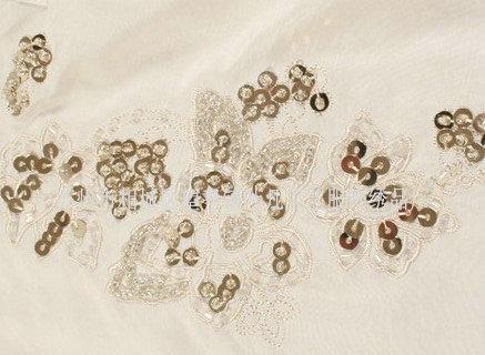 手工珠片绣为您展示展示别样的效果